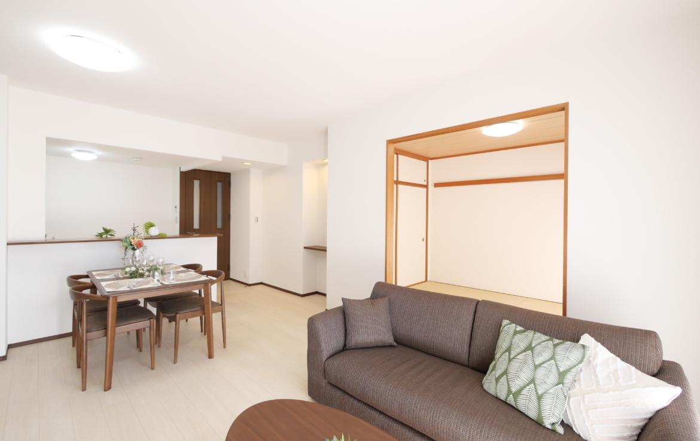 リベーラガーデンセントラルイースト_livingroom